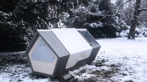 La Germania installa delle capsule per i senzatetto in cui dormire