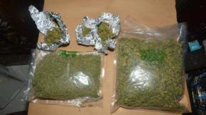 Trafficante di droga arrestato dopo aver stampato il suo nome sui suoi farmaci!