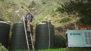 Inventa un dispositivo che trasforma l'aria in acqua potabile, vince un milione e mezzo di dollari!