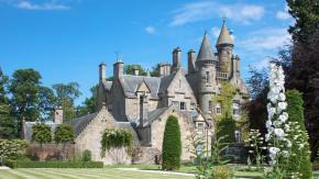 Si può essere pagati per vivere in un castello una settimana e bere caffè!