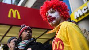 "In un Burger King in Svezia se pronunci ""cancelled clown"" nei bagni, compare Ronald McDonald"